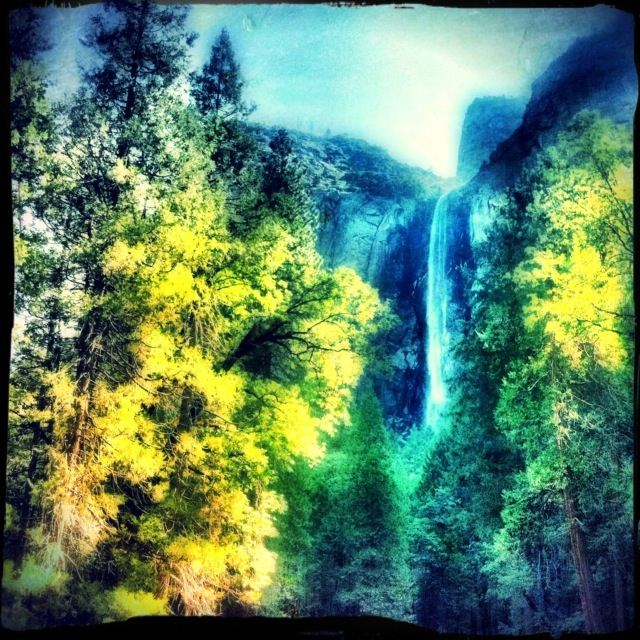 bridal veil fall at Yosemite